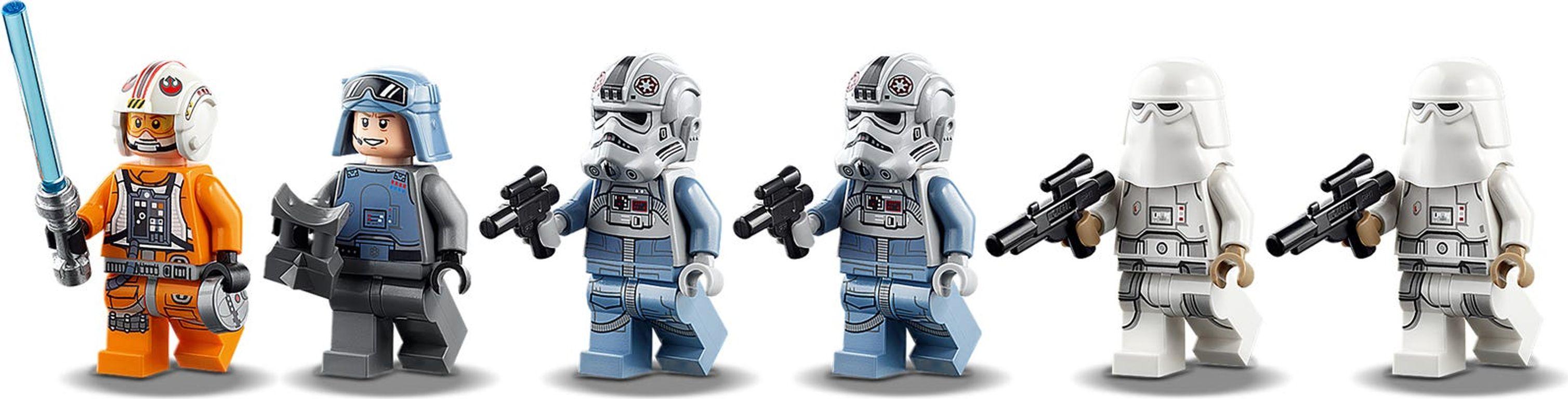 LEGO® Star Wars AT-AT™ minifigures