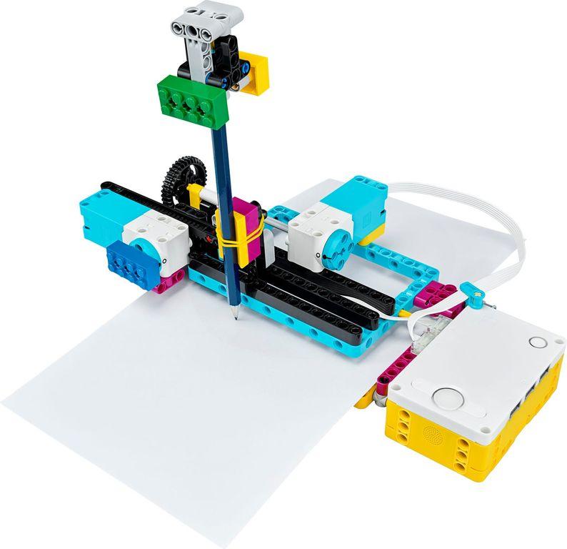 LEGO® Education SPIKE™ Prime Set gameplay