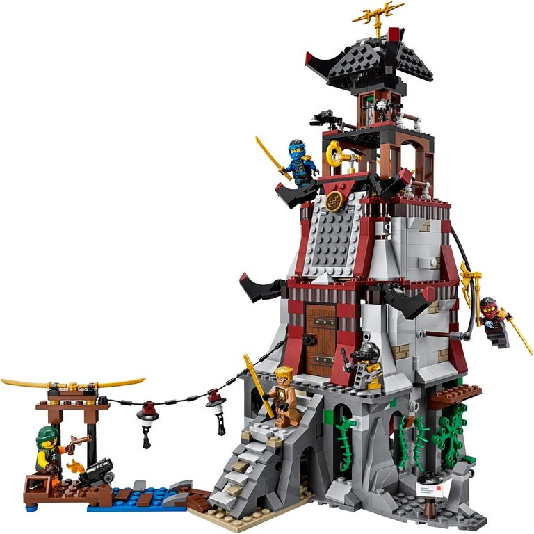 LEGO® Ninjago The Lighthouse Siege gameplay