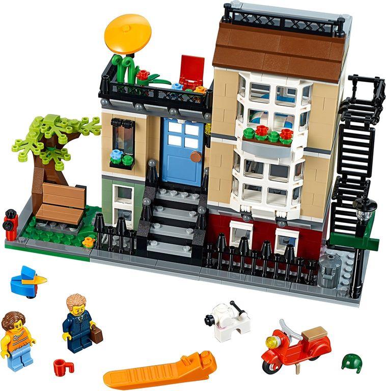 LEGO® Creator Park Street Townhouse components