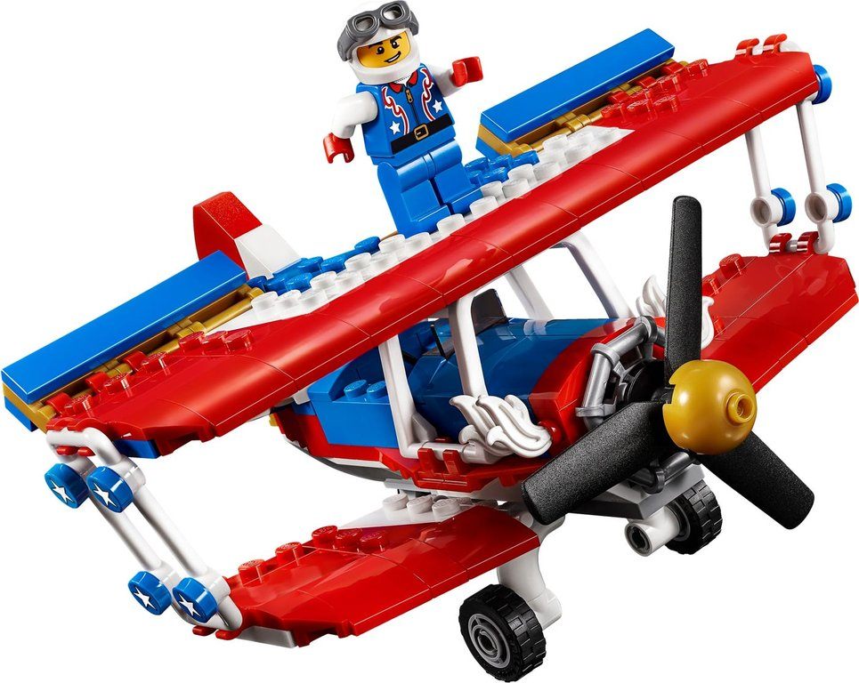 LEGO® Creator Daredevil Stunt Plane gameplay