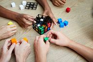 Rubik's Cage gameplay