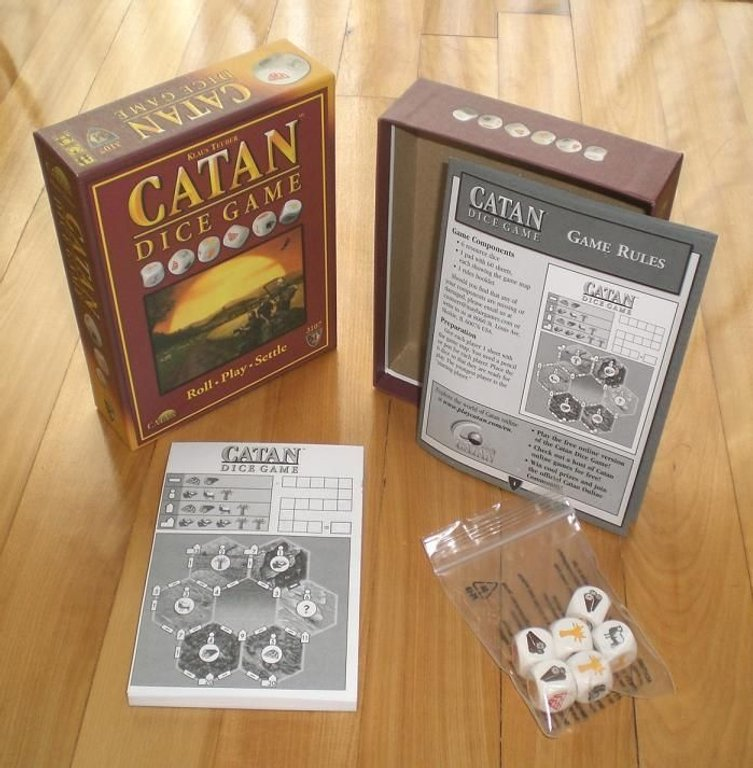 Catan Dice Game components