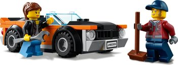LEGO® City Car Transporter minifigures