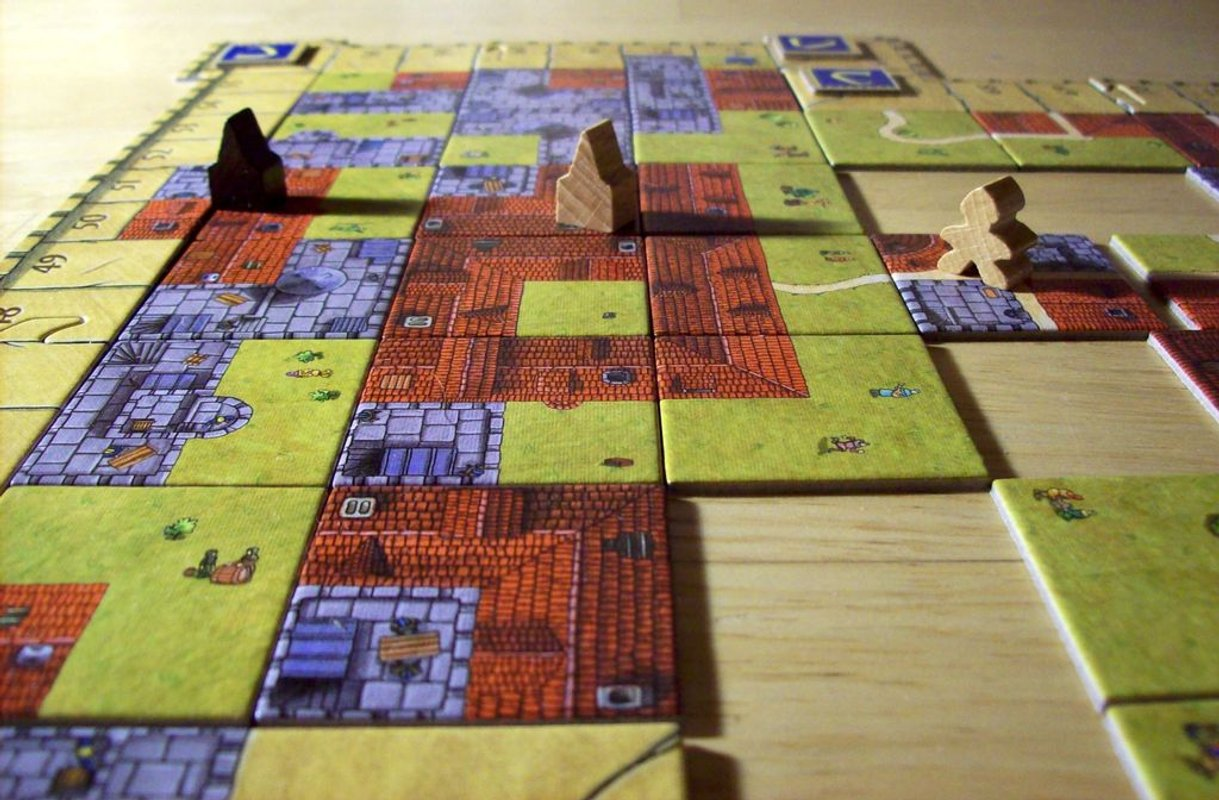 Carcassonne: The Castle components