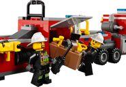 LEGO® City Fire Engine minifigures
