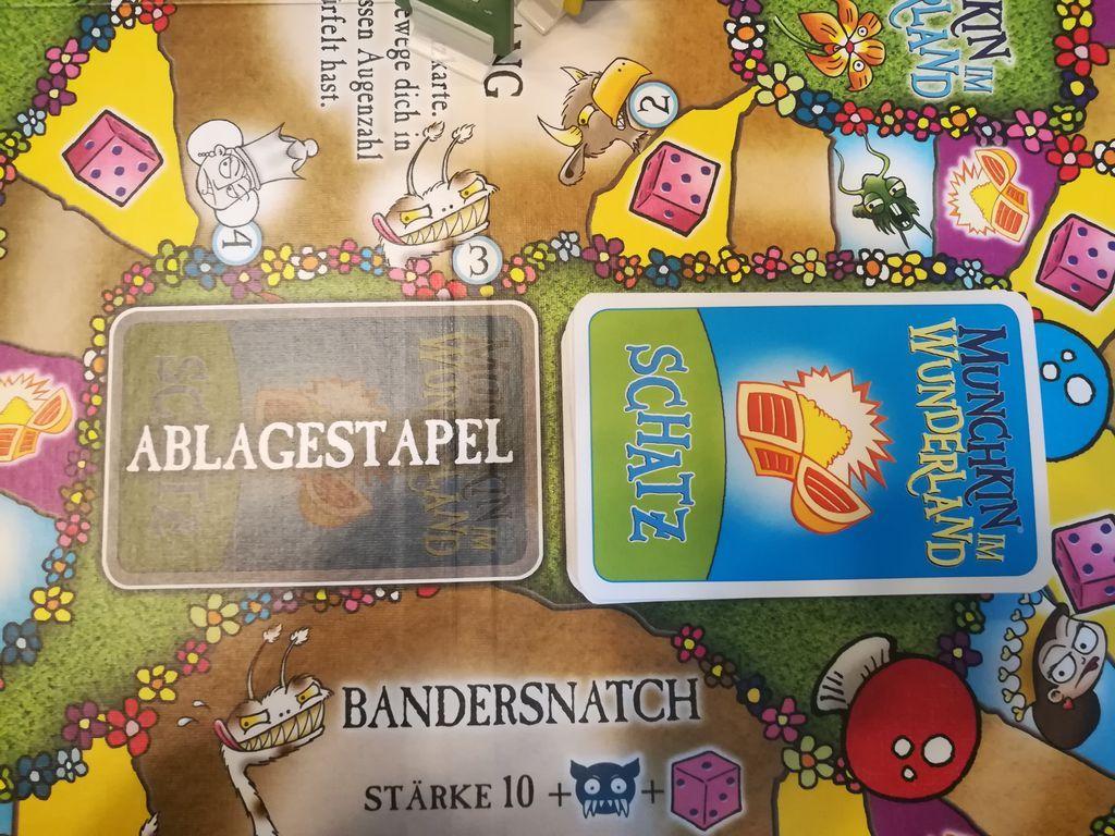 Munchkin Wonderland gameplay