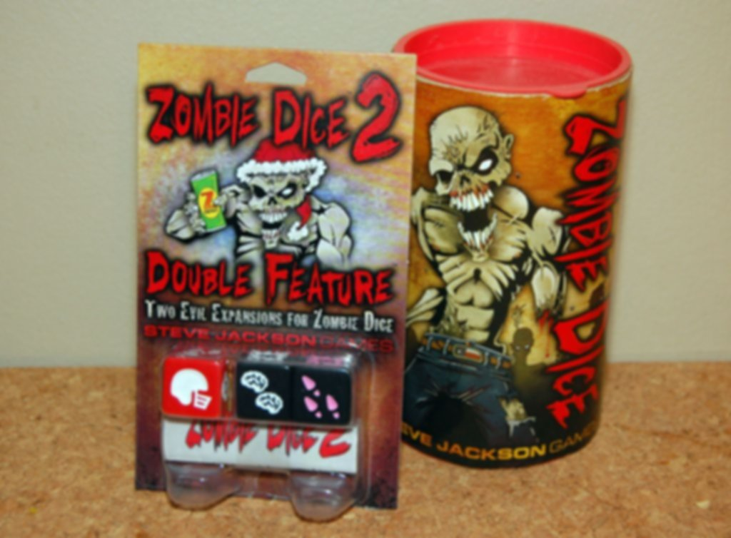 Zombie Dice 2 Double Feature components