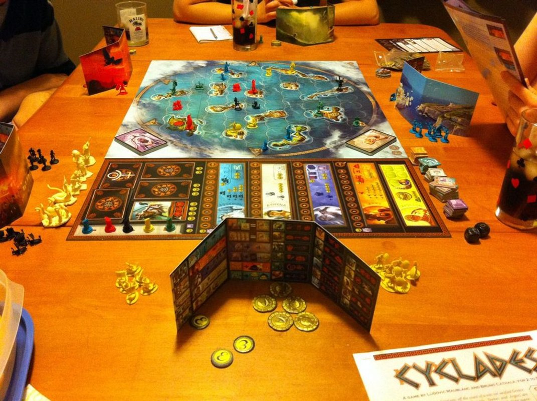 Cyclades components