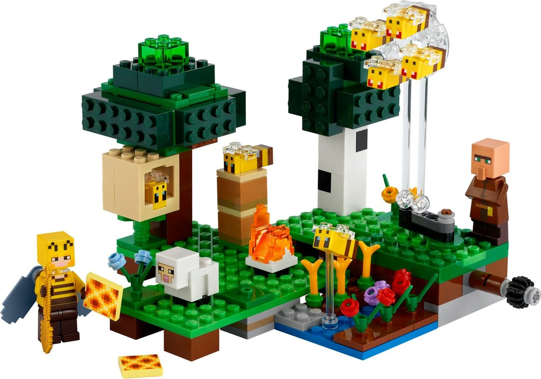 LEGO® Minecraft The Bee Farm components