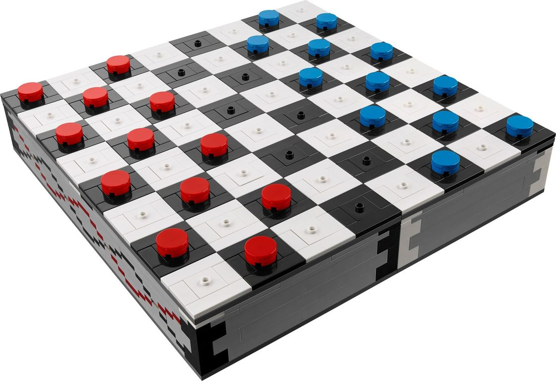 Iconic Chess Set game board
