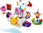 LEGO® Unikitty! Unikitty™ Cloud Car gameplay