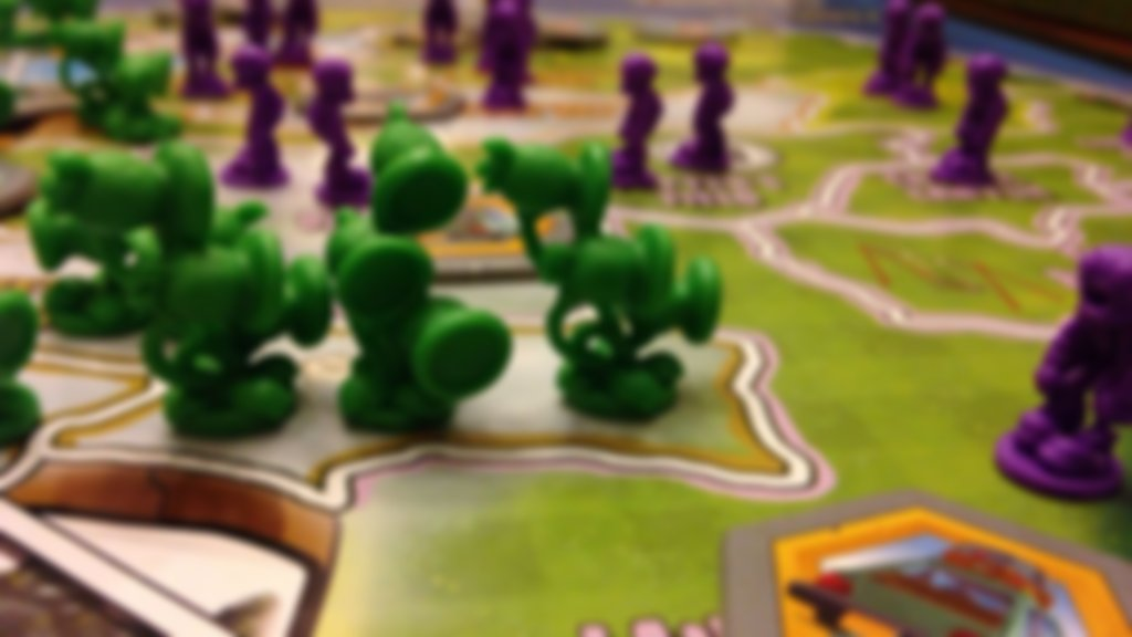 Risk: Plants vs. Zombies gameplay