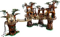 LEGO® Star Wars Ewok™ Village gameplay