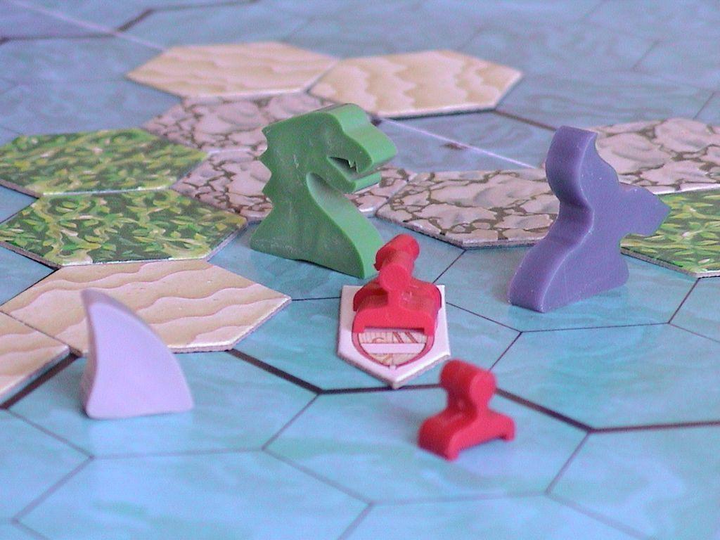 Survive: Escape from Atlantis! components