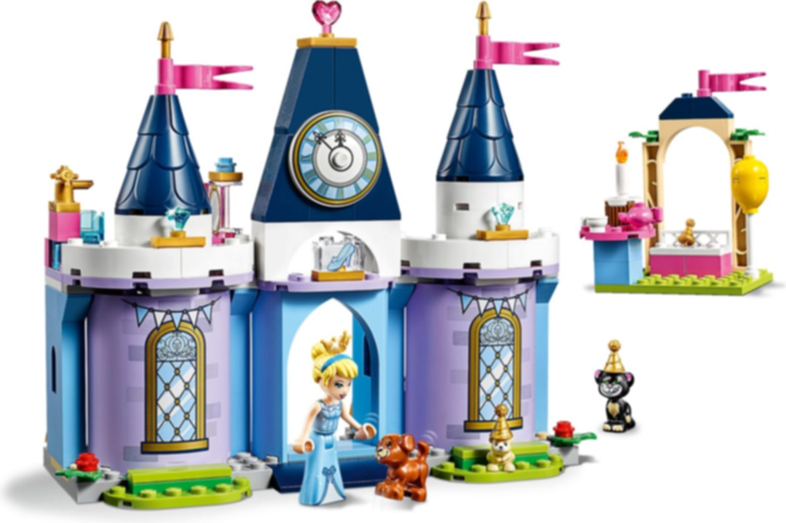 LEGO® Disney Cinderella's Castle Celebration gameplay