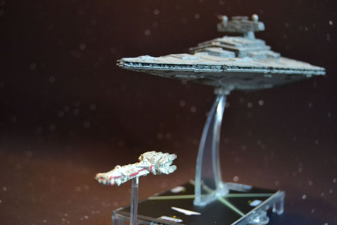 Star Wars: Armada - Imperial Class Star Destroyer Expansion Pack miniature