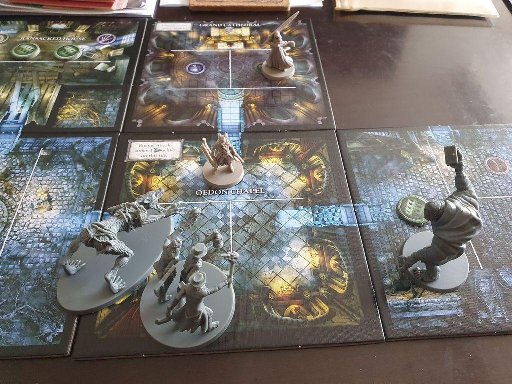 Bloodborne: The Board Game gameplay