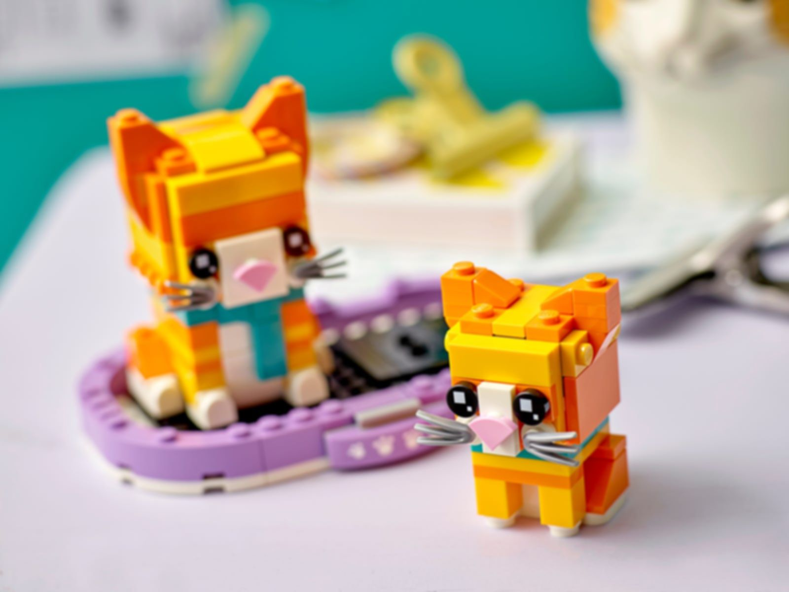 LEGO® BrickHeadz™ Ginger Tabby gameplay