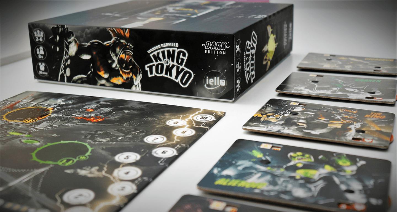 King of Tokyo: Dark Edition components