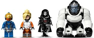 LEGO 75975 Watchpoint: Gibraltar minifigures