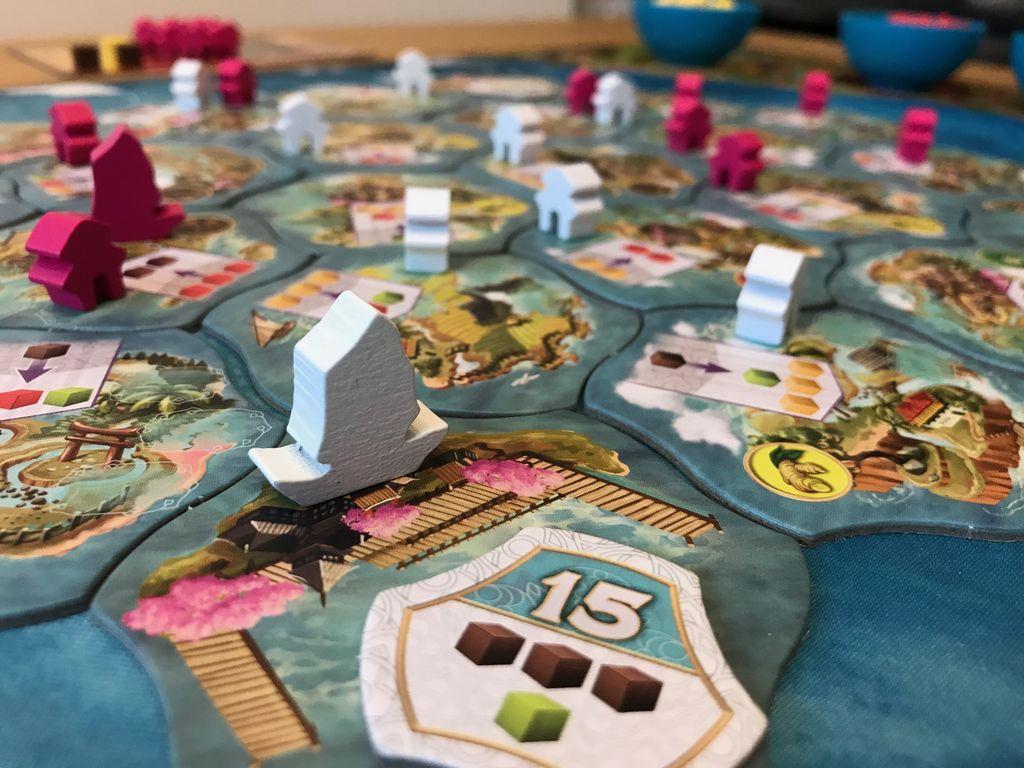 Century: Eastern Wonders gameplay