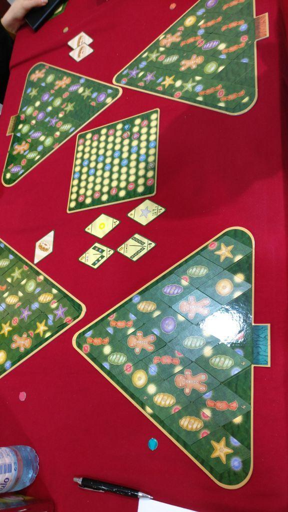 Christmas Tree gameplay