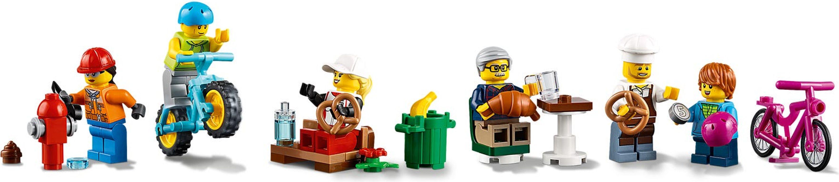 LEGO® City Shopping Street minifigures