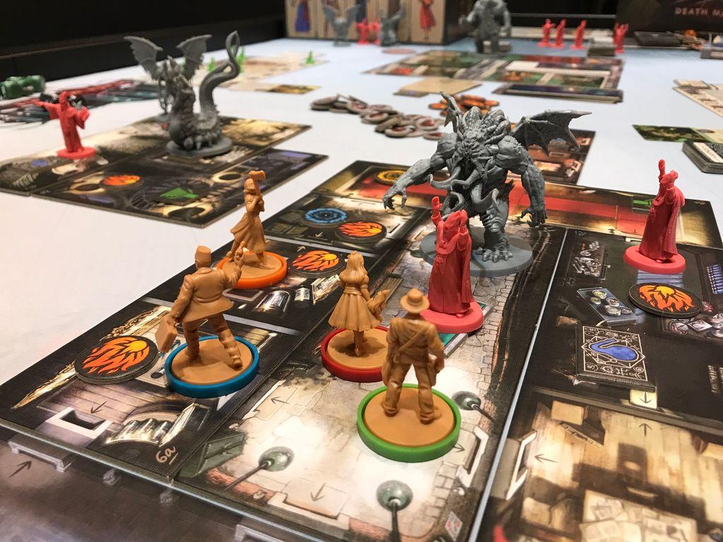 Cthulhu: Death May Die gameplay