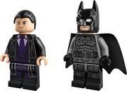 LEGO® DC Superheroes Batmobile™: The Penguin™ Chase minifigures