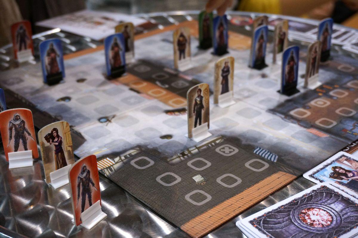 King & Assassins gameplay