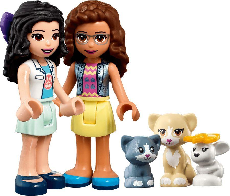 LEGO® Friends Vet Clinic Ambulance minifigures