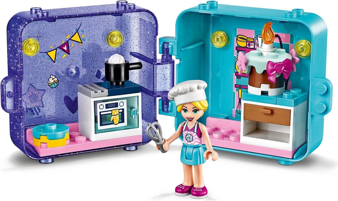 LEGO® Friends Stephanie's Play Cube gameplay