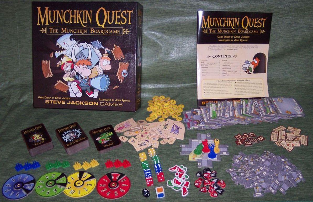 Munchkin Quest components