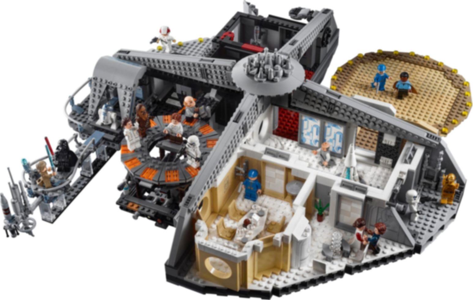 LEGO® Star Wars Betrayal at Cloud City™ gameplay