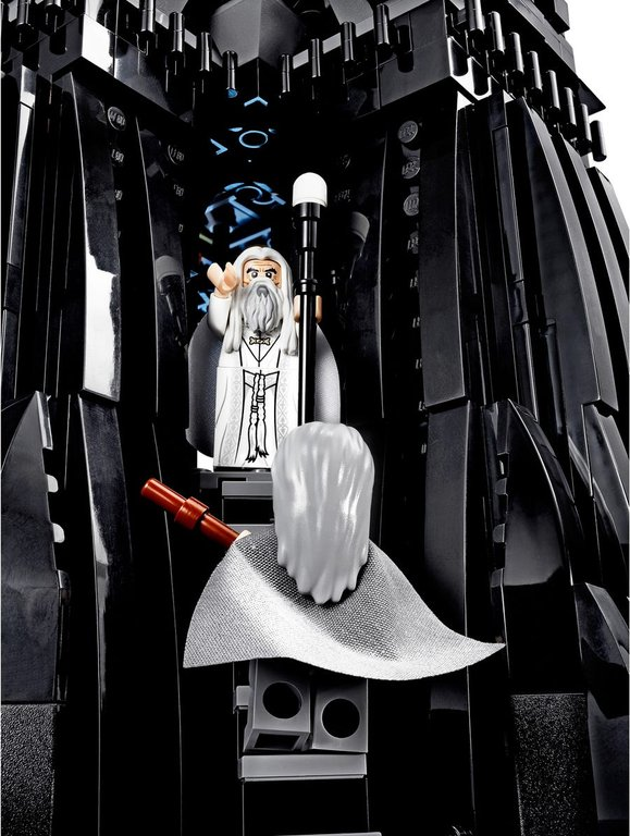 LEGO® The Lord of the Rings The Tower of Orthanc minifigures