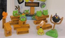 Angry Birds: Knock on Wood components