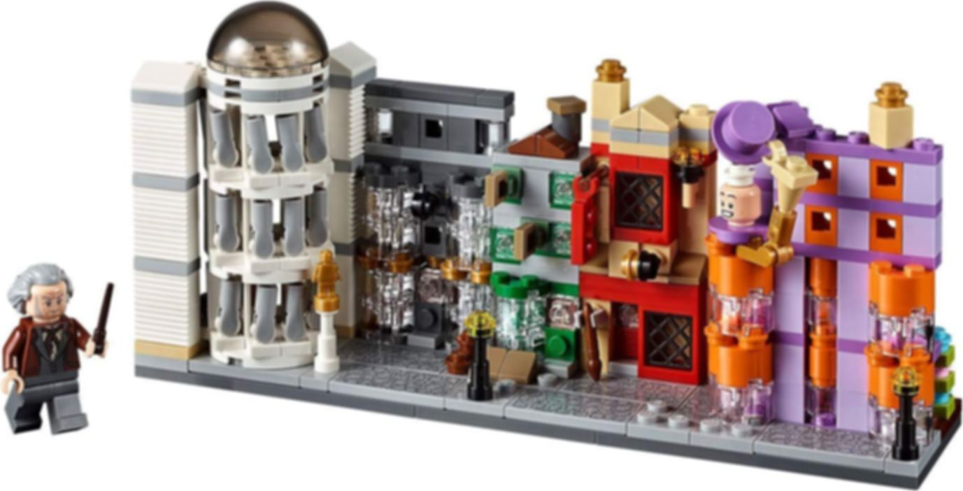 Diagon Alley Mini Building Set components