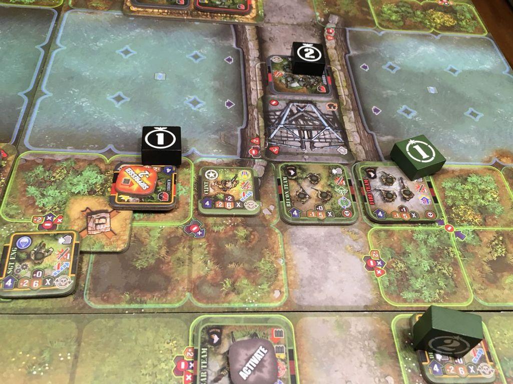 Heroes of Normandie: Carentan gameplay