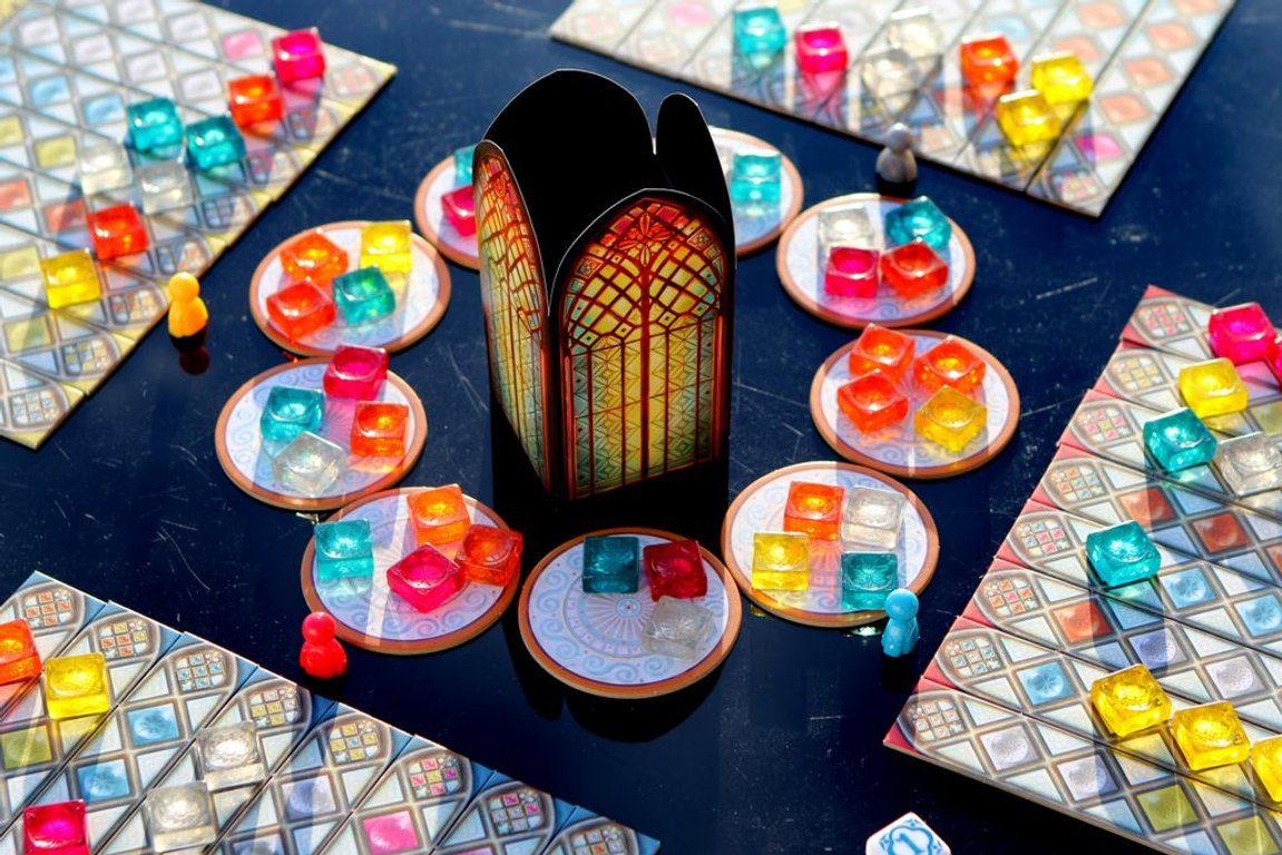 Azul: Stained Glass of Sintra gameplay