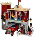 LEGO® Creator Expert Winter Village Fire Station interior
