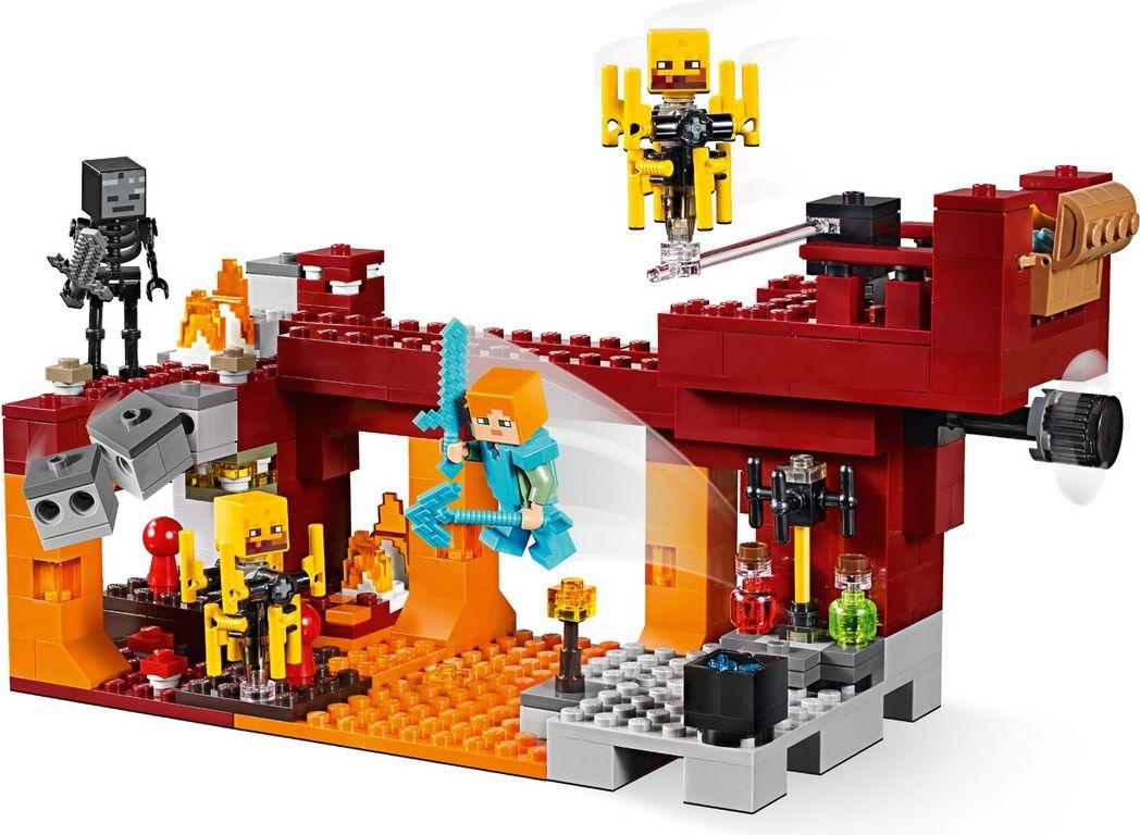 LEGO® Minecraft The Blaze Bridge gameplay