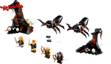 LEGO® The Hobbit Escape from Mirkwood Spiders components