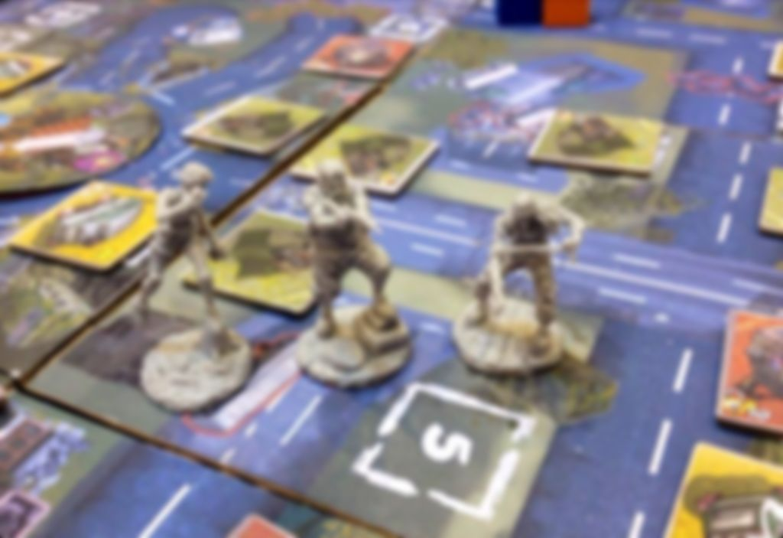 Raid & Trade gameplay