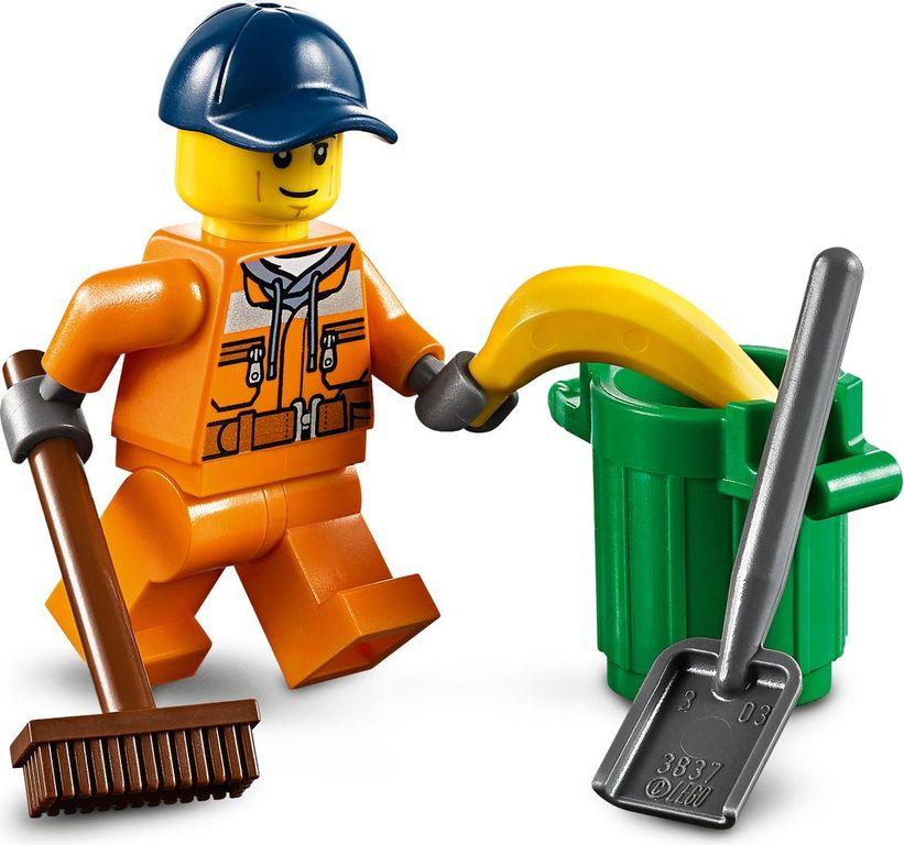 LEGO® City Street Sweeper minifigures