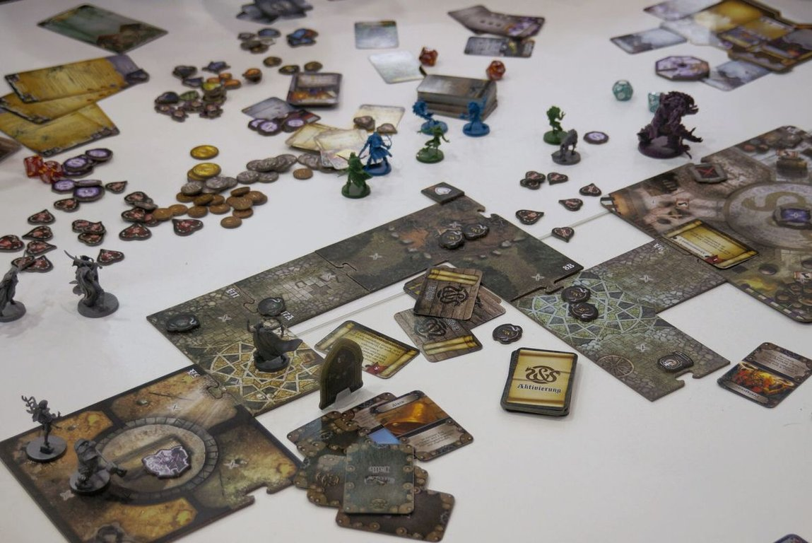 Sword & Sorcery gameplay