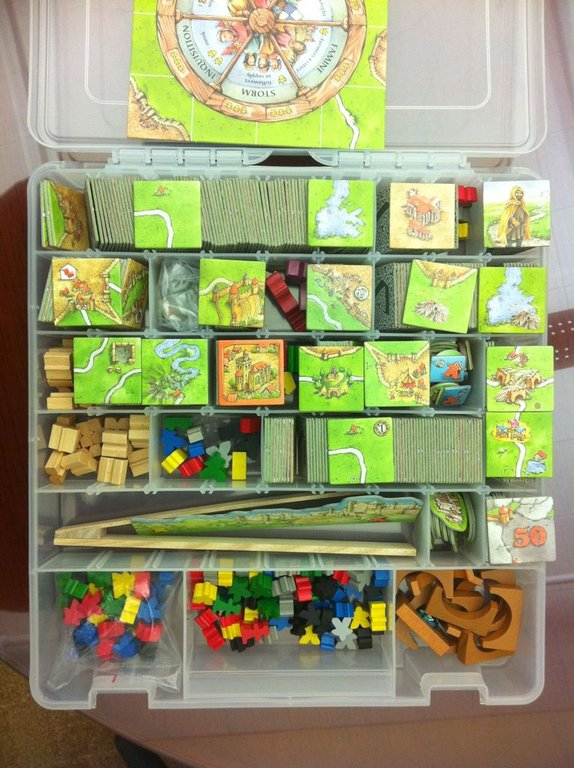 Carcassonne: Wheel of Fortune components