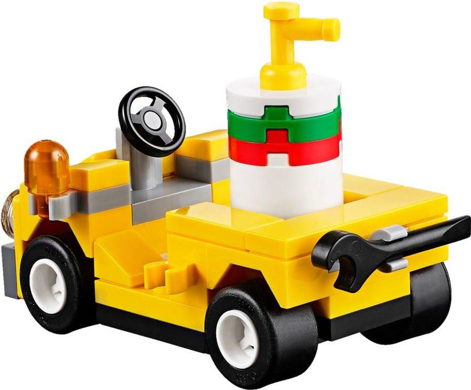 LEGO® City Training Jet Transporter components