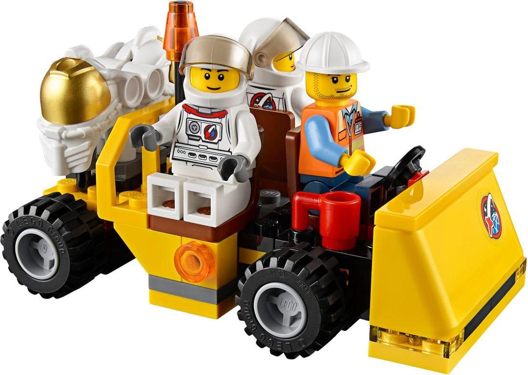 LEGO® City Spaceport minifigures