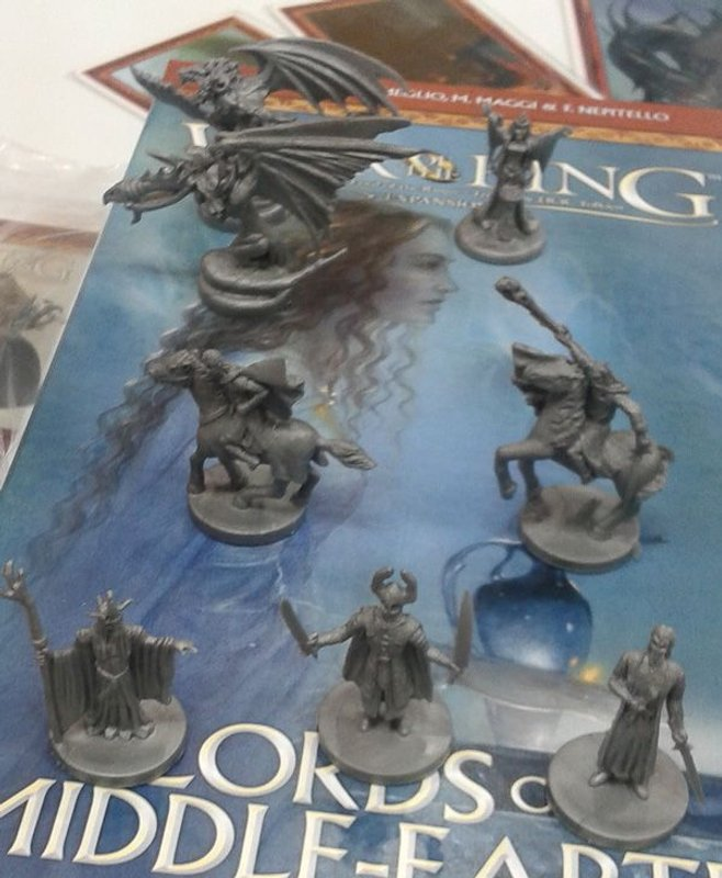 War of the Ring: Lords of Middle-earth miniatures
